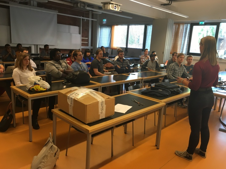 MIST project team nr 4 meets on 1 September. Project teaching assistant Agnes Gårdebäck tells about some managhement routines.